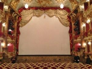 munique-cuvillies-theater-palacio-residenz-alemanha-foto-nathalia-molina-comoviaja