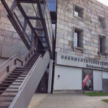 Nuremberg Centro de Documentacao sobre Nazismo Alemanha Viagem - Foto Nathalia Molina @ComoViaja