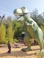 Playmobil FunPark Alemanha Parque Criancas Nuremberg Dinossauro - Foto Nathalia Molina @ComoViaja (1) (598x800)