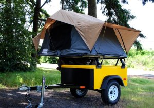 roof top tent frontrunner on a Jeep Trailer by Dinoot Trailers from Compact Camping Trailers