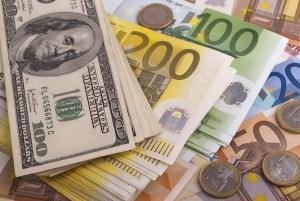 Euro notowane po 4,5220 PLN - rynek spada do ważnego miejsca