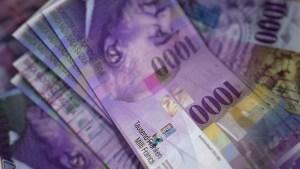 Kurs franka CHFPLN dociera do 4,14 PLN we wtorek - para z celem na 4,18