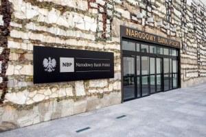 Kursy walut NBP: Dolar mocniej w górę, funt, euro i frank idą w jego ślady, 22 kwietnia