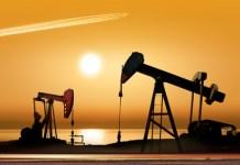 ropa naftowa oil brent wti cc
