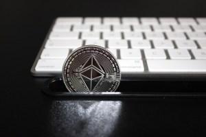 Ethereum 2.0 zgromadził już 5,2 mln tokenów ETH wartych ponad 13 mld dol.