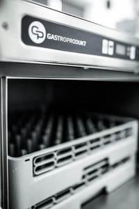 Jak wybrać najlepszą zmywarkę gastronomiczną