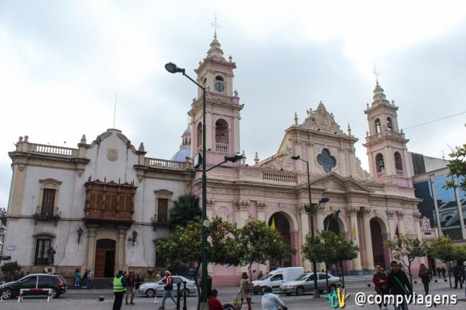 A Catedral de Salta é o ponto de partida do free walking tour