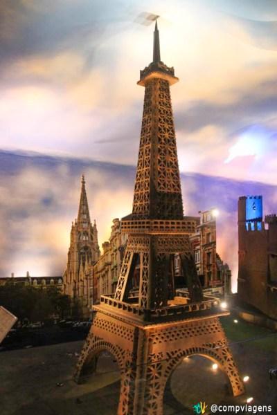 Torre Eiffel no Mundo de Chocolate, Gramado