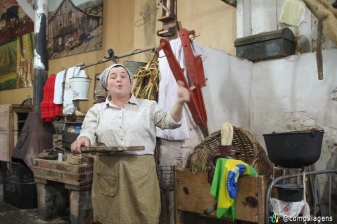 Maristela conta a história do moinho que foi construído pelo seu bisavô
