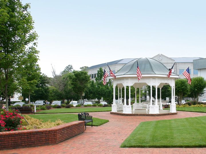 Pavillion in Downton Canton, GA Social Media Management