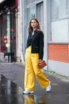 How to wear baggy pants, according to street style fashion