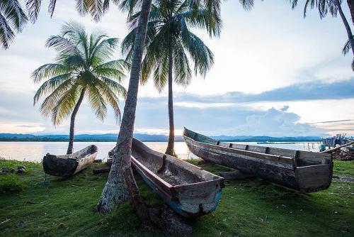 Kuna boats, San Blas Islands