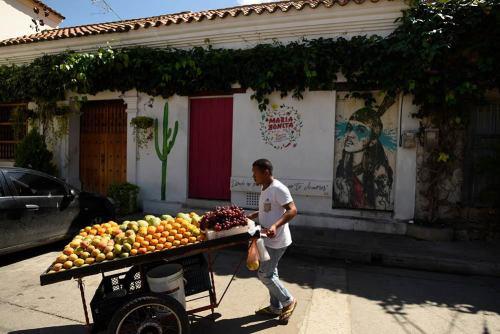 Cartagena Street Art and Vendor