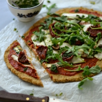 pizza with cauliflower crust201
