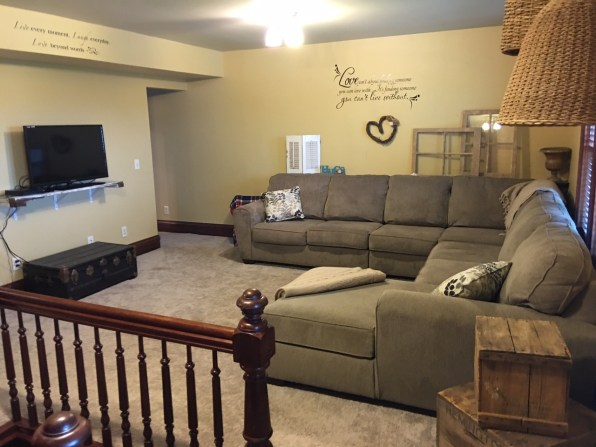 2nd floor lounge family room