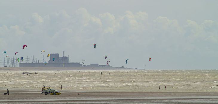 Windsurfing at Camber