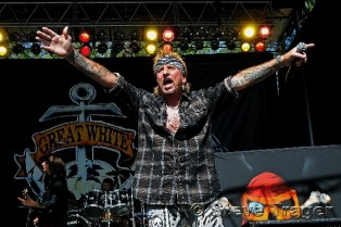 Jack Russell's Great White 32