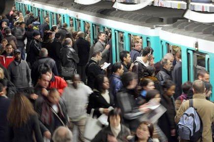 stations métro culturelles   COM'Pletely Paris