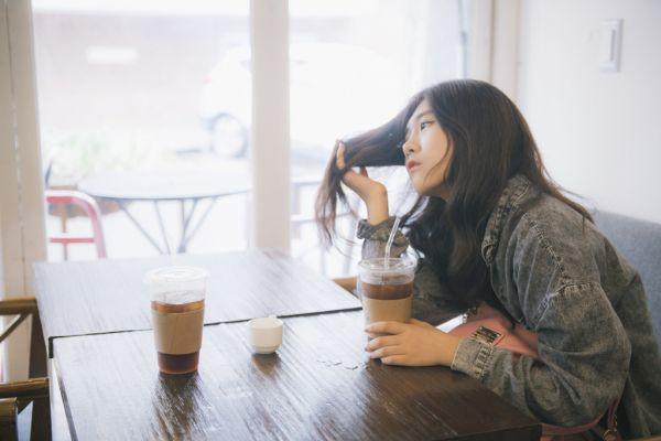 枝毛の原因と自分でできる8つの対処法