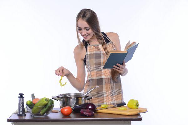 ポリフェノールが多く含まれる食品を使った若返りレシピ