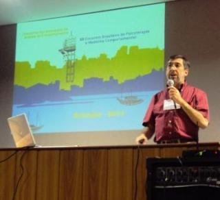 [Entrevista com Roberto Banaco]: O Percurso do Pesquisador Brasileiro 5