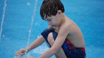 Autismo: A tendência à repetição e as estereotipias 33