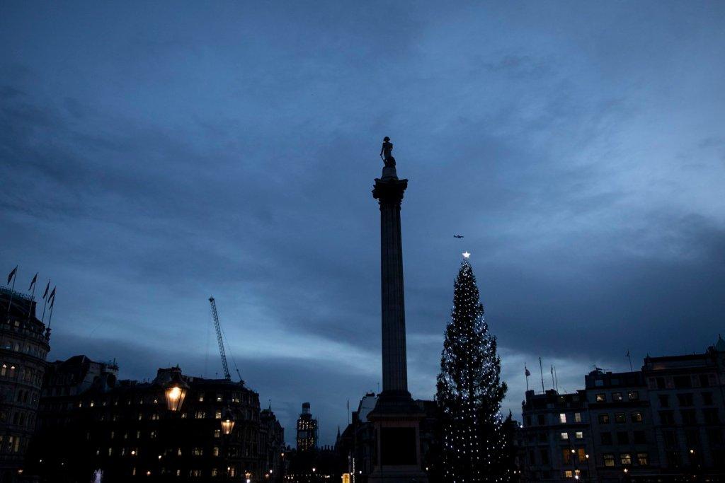 nelsons-column-london