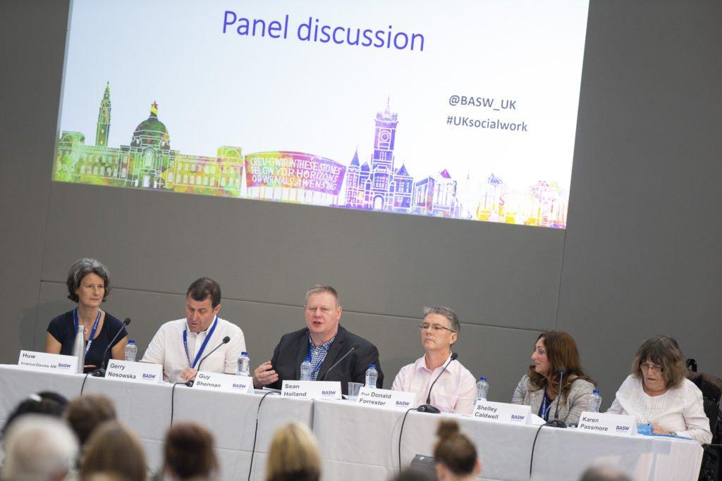 panel-discussion-photo