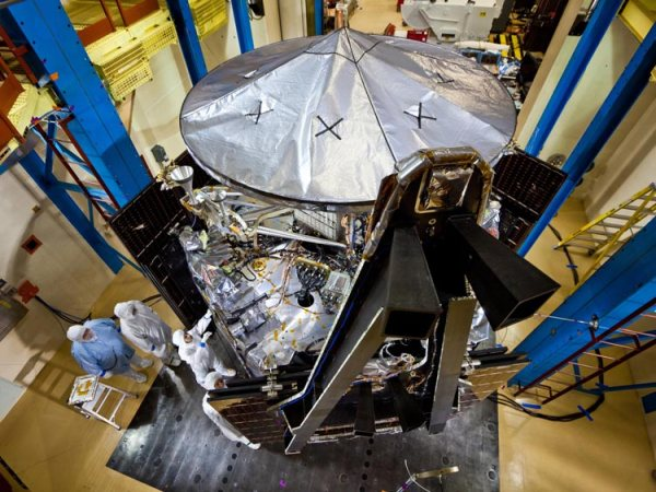 Juno Explores Jupiter Protected by Composites Composites Manufacturing Magazine