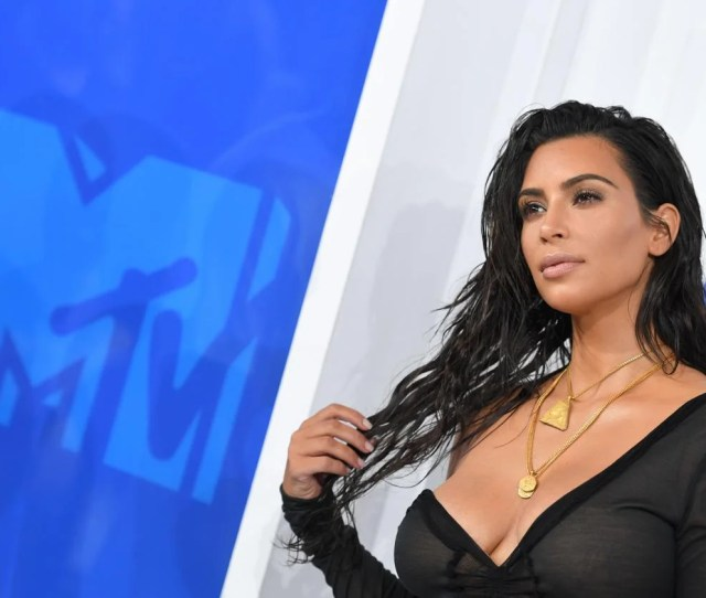 Hot Mom Role Model Kim Kardashian West Attends The  Mtv Video Music Awards On August