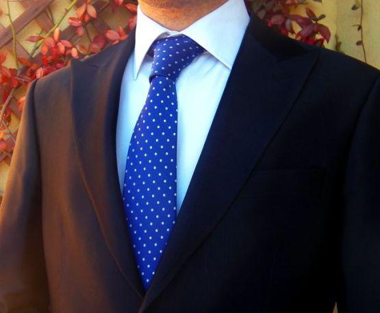 Corbata azul zon lunares