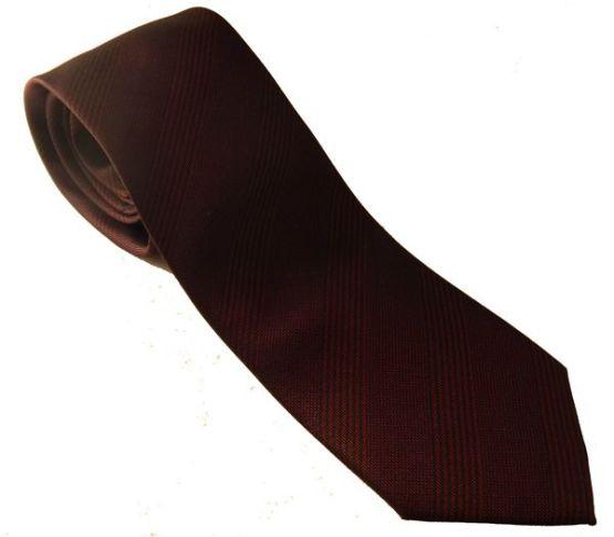 Corbata rojo vino con rayas