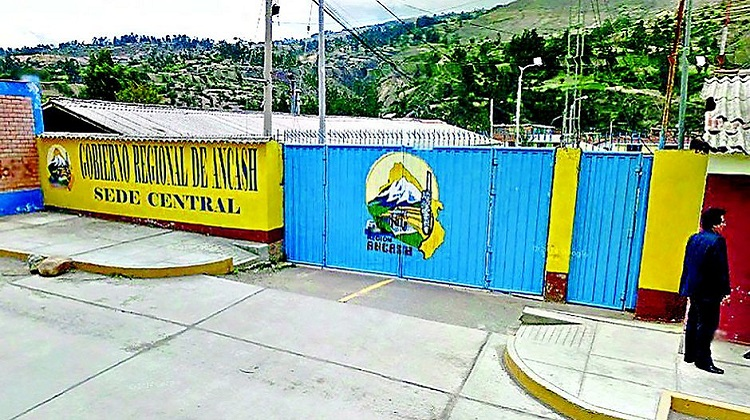 Empresa entrega fianza falsa por S/11 millones