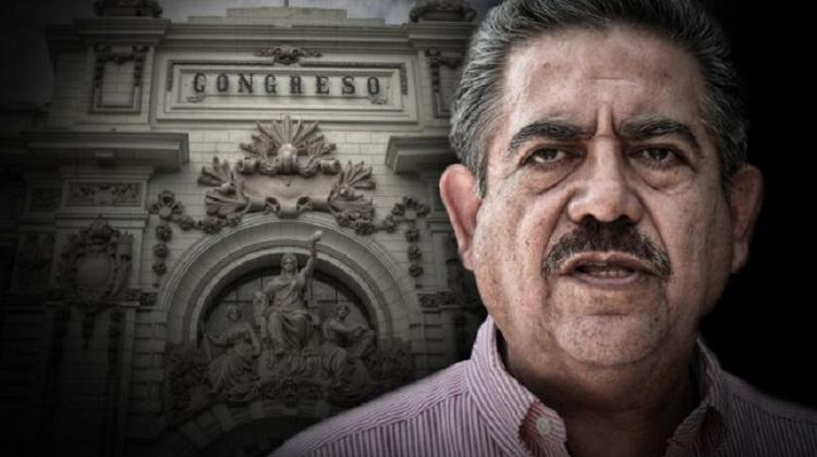 Familia de Manuel Merino contrató con el Estado por más de 200 mil soles