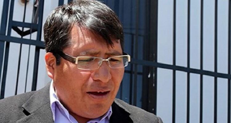 """Abelardo Quispe: """"empresas extranjeras y funcionarios públicos se coluden para llevarse el presupuesto de obras"""""""