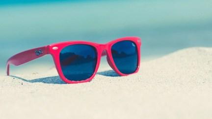 a96998cef Onde comprar óculos de sol para bombar no verão
