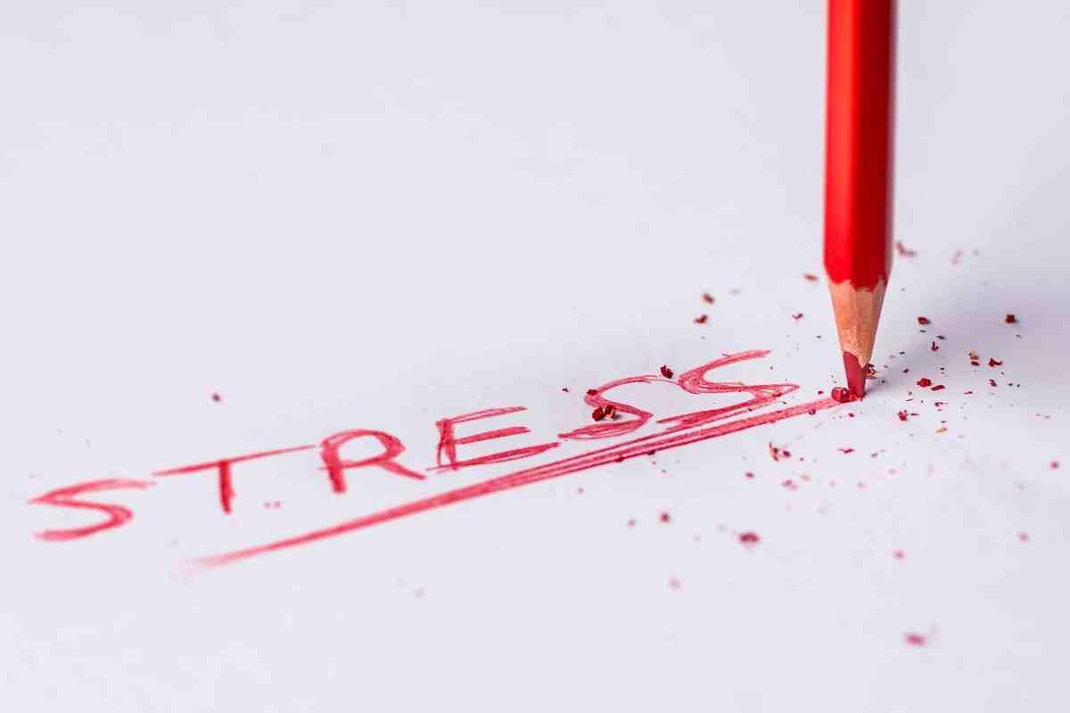 Stress et mal de dos chronique : 4 conséquences et comment les inverser