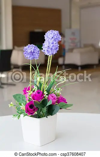 Vases Artificial Flowers Vases Of Artificial Flowers On The Desk