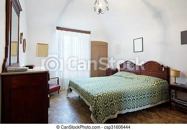 double vieux lit chambre a coucher