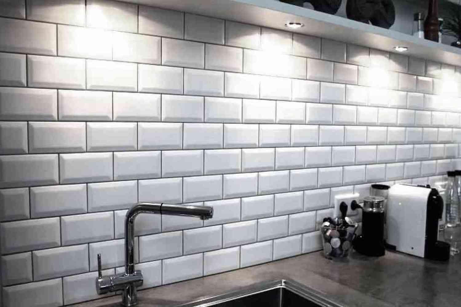 7 5x15 et 10x20 metro blanc