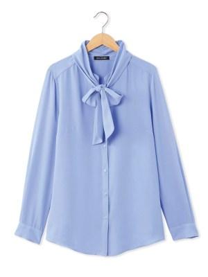 Le chemisier-tunique à lavallière imprimé bleu
