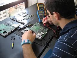 Conserto,reparo,limpeza e manutenção de Play Station 2 e Play Station 3