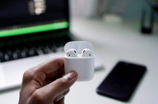 كيفية توصيل EarPods بجهاز كمبيوتر أو لابتوب