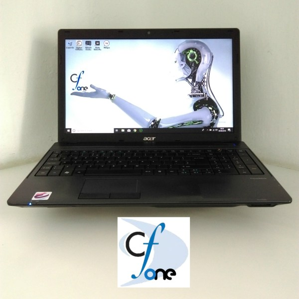 Front view of an Acer Aspire 5742