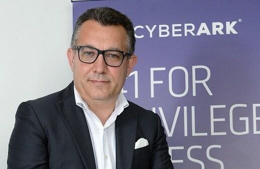 cyberark-identità-credenziali-privilegiate-sicurezza-cybercrimine
