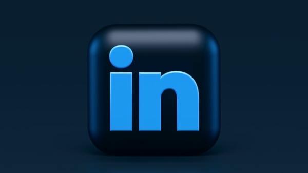 """L'ultimo """"scraping"""" su Linkedin: come proteggersi"""