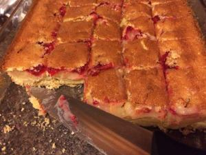 ooey gooey lemon raspberry bars