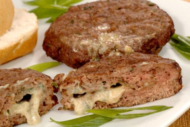 hamburguer recheado com gorgonzola