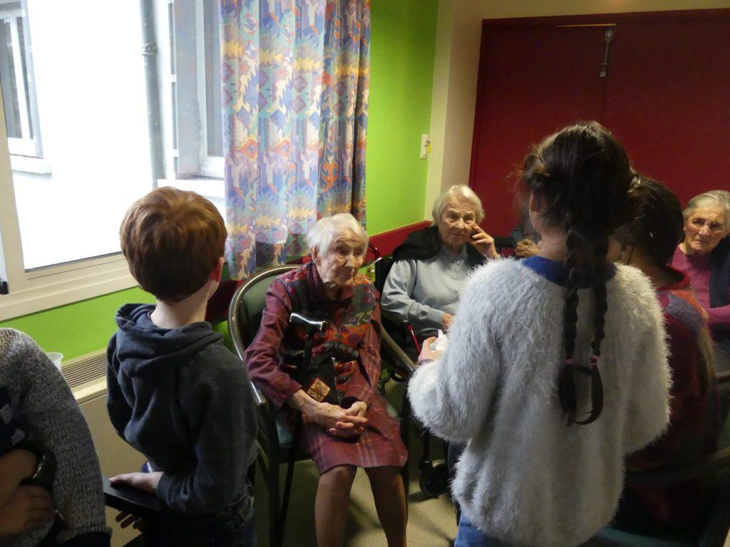"""Résidence de territoire """"Brindille"""" - Recueil de mémoire scolaires et résidents EHPAD La Roussilhe"""