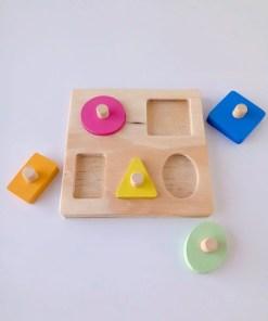 puzzle encastre geométrico de madera